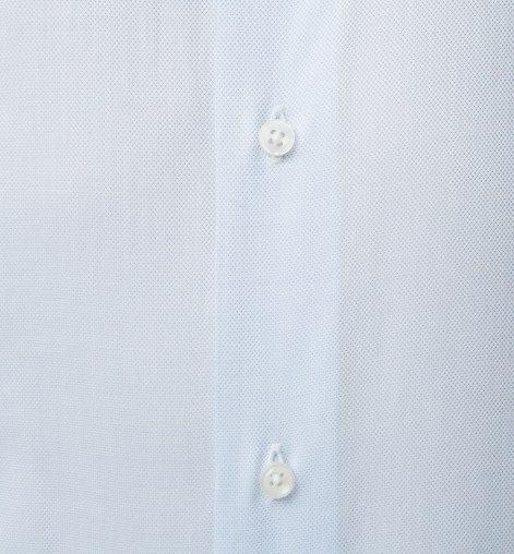 خط أزرار بسيط ملائم لإرتداء ربطات العنق